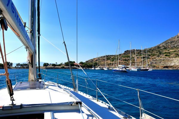 yacht-398546_1920